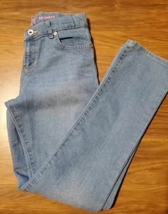 ❤A26..The Children's Place Skinny Jeans size 12